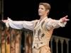 Cendrillon de Rudolf Noureev à l'Opéra Bastille mettant en vedette Valentine Colasante et Karl Paquette, qui fit ses adieux à la fin du spectacle