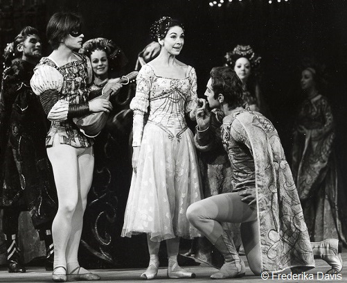 Romeo and Juliet de Kenneth MacMillan - Rudolf Noureev et Margot Fonteyn (1965)