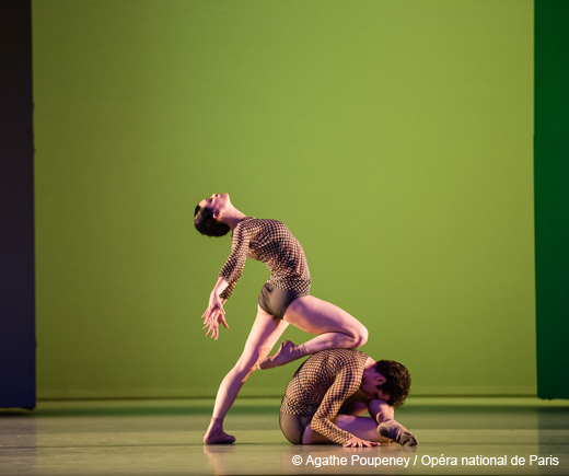 L'Anatomie de la sensation - Alice Renavand et Josua Hoffalt Musique (Blood on the Floor)  Mark Anthony Turnage , Chorégraphie (Opéra national de Paris, 2011)  Wayne McGregor  , Décors  John Pawson  , Costumes  Moritz Junge  , Lumières  Lucy Carter  ,	 Les E´toiles, les Premiers Danseurs et le Corps de Ballet , Ensemble Intercontemporain , Direction musicale  Peter Rundel , 1ere distribution Juliette Hilaire , Dorothée Gilbert , Alice Renavand , Aurélie Dupont , Héloïse Bourdon , Laurène Lévy , Alexandre Gasse , Mathias Heymann , Florent Melac , Josua Hoffalt ,
