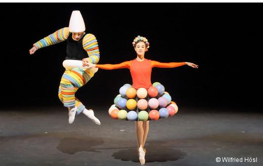 Le Ballet triadique d'Oskar Schlemmer et Gerhard Bohner - Sebastian Goffin et Marta Navarrete Villalba