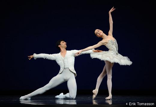 Davit Karapetyan et Mathilde Froustey - Grand pas classique