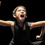 Guests par le groupe Grenade: 7 grands chorégraphes pour 21 (très) jeunes et brillants interprètes