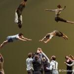 Il n'est pas encore minuit… de la Compagnie XY – La nouvelle danse aérienne