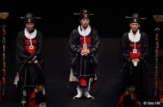Jongmyo Jeryeak par le National Gugak Center