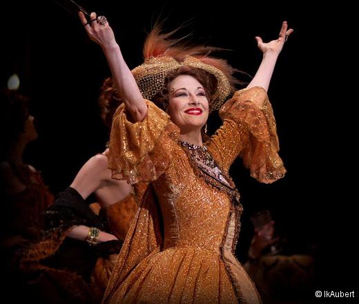 L'Histoire de Manon - Sarah Kora Dayanova (saluts)