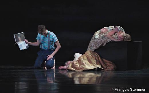 La Belle au bois dormant (le Prince, la Nourrice et Aurore)