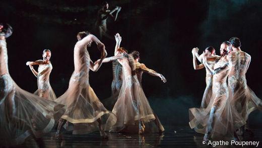 Le Boléro de Sidi Larbi Cherkaoui et Damien Jalet par le Ballet de l'Opéra de Paris.