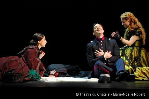 Passion - Natalie Dessay (Fosca), Ryan Silverman (Giorgio Bachetti) et Erica Spyres (Clara)