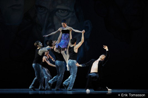 Mathilde Froustey et des danseurs du SFB -  Shostakovich Trilogy d'Alexeï Ratmansky