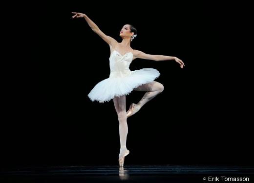 Mathilde Froustey - Suite en blanc (SFB)