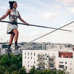 Ils tutoient les étoiles – Portrait de la funambule Tatiana-Mosio Bongonga et du collectif Basinga