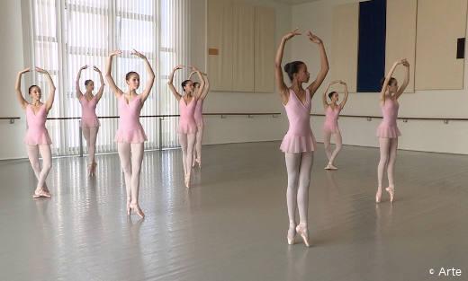 Les élèves de l'École de Danse de l'Opéra de Paris