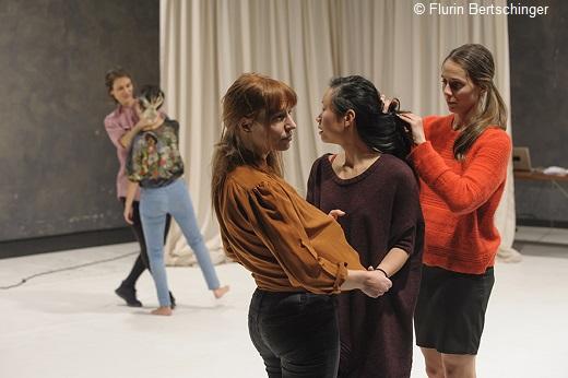 (To) Come and See de Simone Truong, Eilit Marom, Anna Massoni, Elpida Orfanidou et Adina Secretan