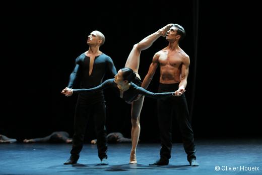 La Belle et la Bête - Arnaud Mahouy (l'Artiste) Miyuki Kanei (l'Esprit) et Daniel Vizcayo (le Corps)