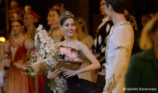 Héloïse Bourdon au Mariinsky pour danser Le Lac des cygnes