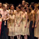 Tanztheater Wuppertal de Pina Bausch – Café Müller et Le Sacre du Printemps aux Arènes de Nîmes