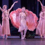 Le Songe d'une nuit d'été de George Balanchine par le New York City Ballet