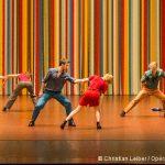 Les applaudissements ne se mangent pas de Maguy Marin par le Ballet de l'Opéra de Paris