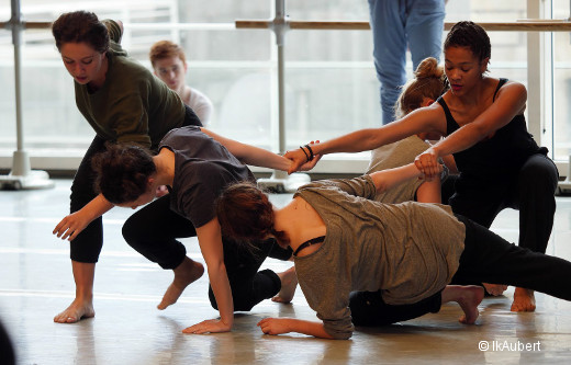 Les DNSP1 contemporaine, classe de danse contact de