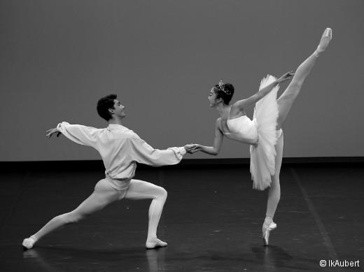 Les DNSP2 et 3 classique fille et garçons - Thème et variations de George Balanchine