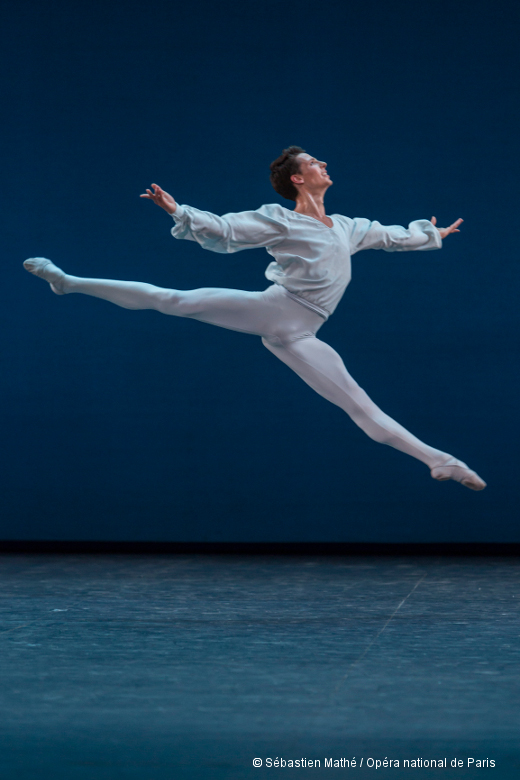 Germain Louvet dans Sonatine de George Balanchine (spectacle)