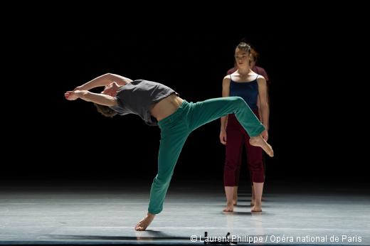 Three d'Ohad Naharin - Batsheva Dance Company